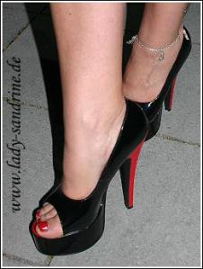 Peep Toes Pumps